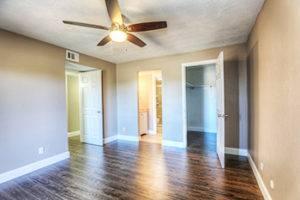 Hardwood Flooring Pros